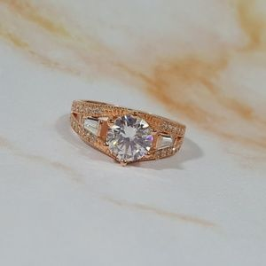 White Cubic Zirconia in Rose Gold